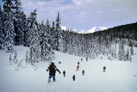 Wanderlust tours bend oregon for Family winter vacation ideas