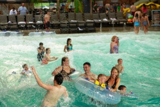 Great Wolf Lodge Wave Pool Ontario